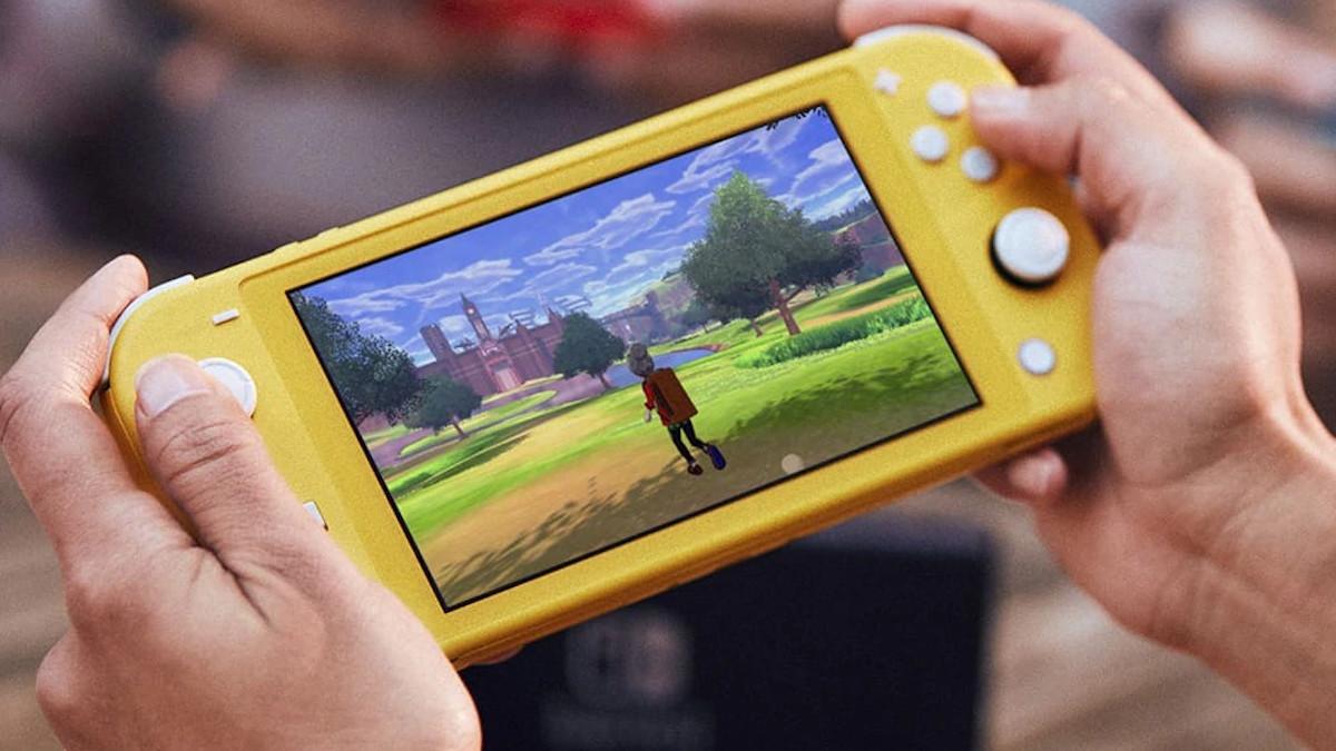Nintendo Switch Lite, rivelato ufficialmente il prezzo italiano della console